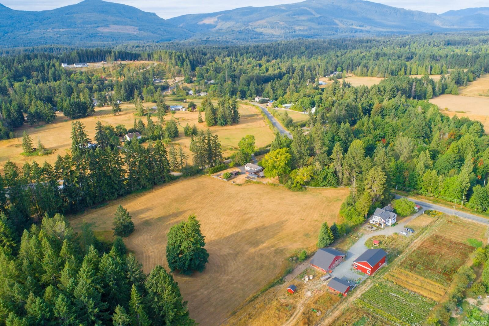 Main Photo: 5695 Menzies Rd in : Du West Duncan House for sale (Duncan)  : MLS®# 884542