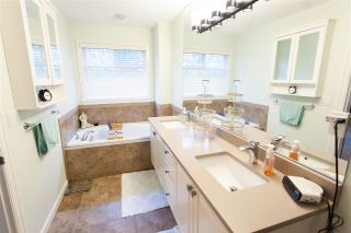 """Photo 14: 12 3502 150A Street in Surrey: Morgan Creek Townhouse for sale in """"Barber Creek Estates"""" (South Surrey White Rock)  : MLS®# R2536793"""