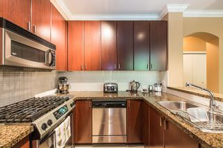 """Photo 5: 2 6878 SOUTHPOINT Drive in Burnaby: South Slope Townhouse for sale in """"CORTINA"""" (Burnaby South)  : MLS®# R2071594"""