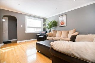 Photo 2: 293 Enfield Crescent in Winnipeg: Norwood Residential for sale (2B)  : MLS®# 1803836