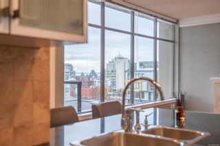Photo 9: 1010 845 Yates St in : Vi Downtown Condo for sale (Victoria)  : MLS®# 860995