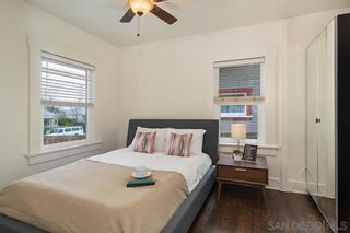 Photo 13: LOGAN HEIGHTS House for sale : 3 bedrooms : 2071 FRANKLIN AVE in San Diego