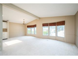 """Photo 9: 228 20071 24 Avenue in Langley: Brookswood Langley Manufactured Home for sale in """"Fernridge Park"""" : MLS®# R2600395"""