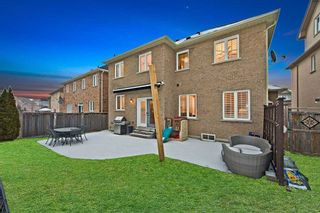 Photo 19: 995 Ernest Cousins Circle in Newmarket: Stonehaven-Wyndham House (2-Storey) for sale : MLS®# N4356964