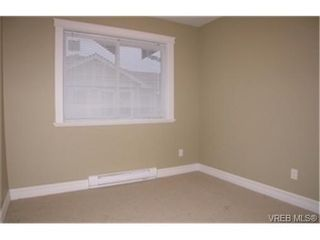 Photo 5:  in VICTORIA: La Langford Proper Row/Townhouse for sale (Langford)  : MLS®# 464143