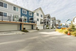 """Photo 6: 6 20451 84 Avenue in Langley: Willoughby Heights Townhouse for sale in """"The Walden"""" : MLS®# R2616635"""