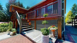 Photo 3: 5740 NICKERSON Road in Sechelt: Sechelt District House for sale (Sunshine Coast)  : MLS®# R2597486