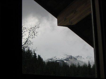 Photo 4: Photos: Gateway to Nature-Easy walk to Whistler Village