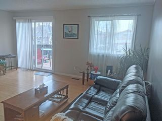 Photo 1: 1 50 8 Avenue SE: High River Row/Townhouse for sale : MLS®# A1119130