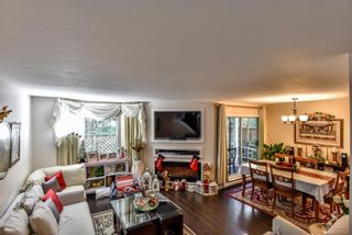 """Photo 8: 4 10086 154 Street in Surrey: Guildford Townhouse for sale in """"Woodland Grove"""" (North Surrey)  : MLS®# R2238657"""