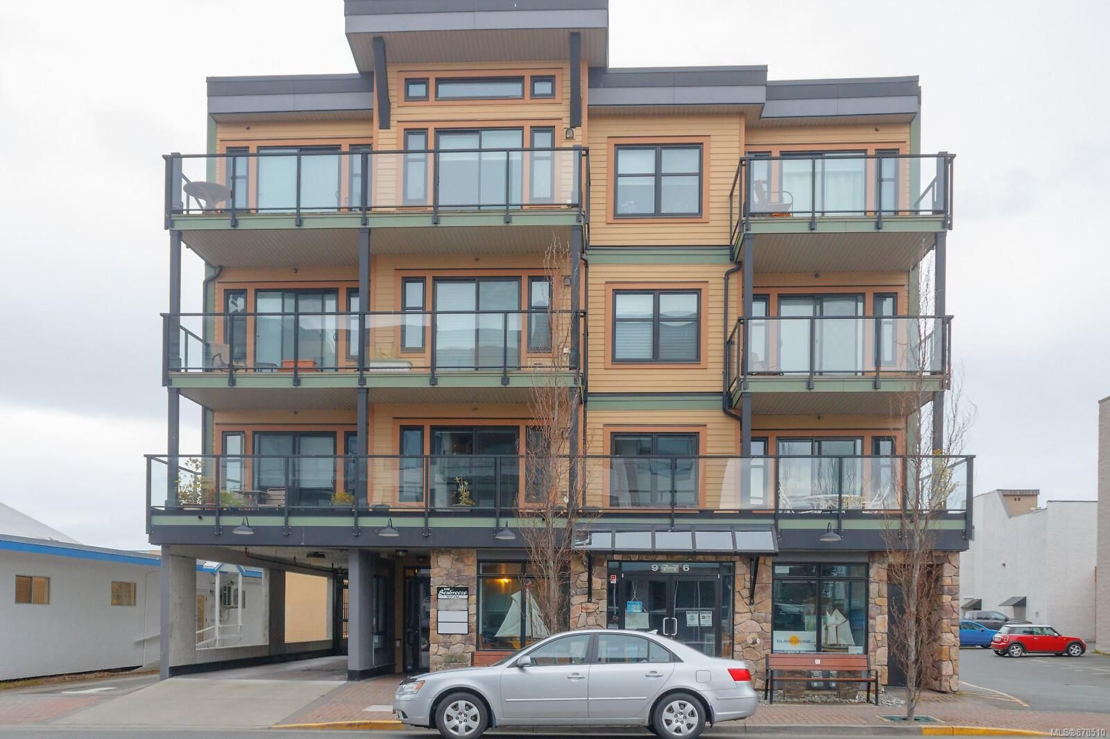 Main Photo: 302 9776 Fourth St in Sidney: Si Sidney South-East Condo for sale : MLS®# 878510