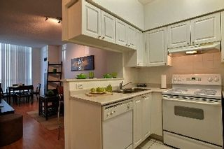 Photo 5: 03 22 Olive Avenue in Toronto: Willowdale East Condo for sale (Toronto C14)  : MLS®# C2760250