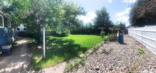 Photo 2: 357 Poplar Bay in Estevan: Scotsburn Residential for sale : MLS®# SK847023
