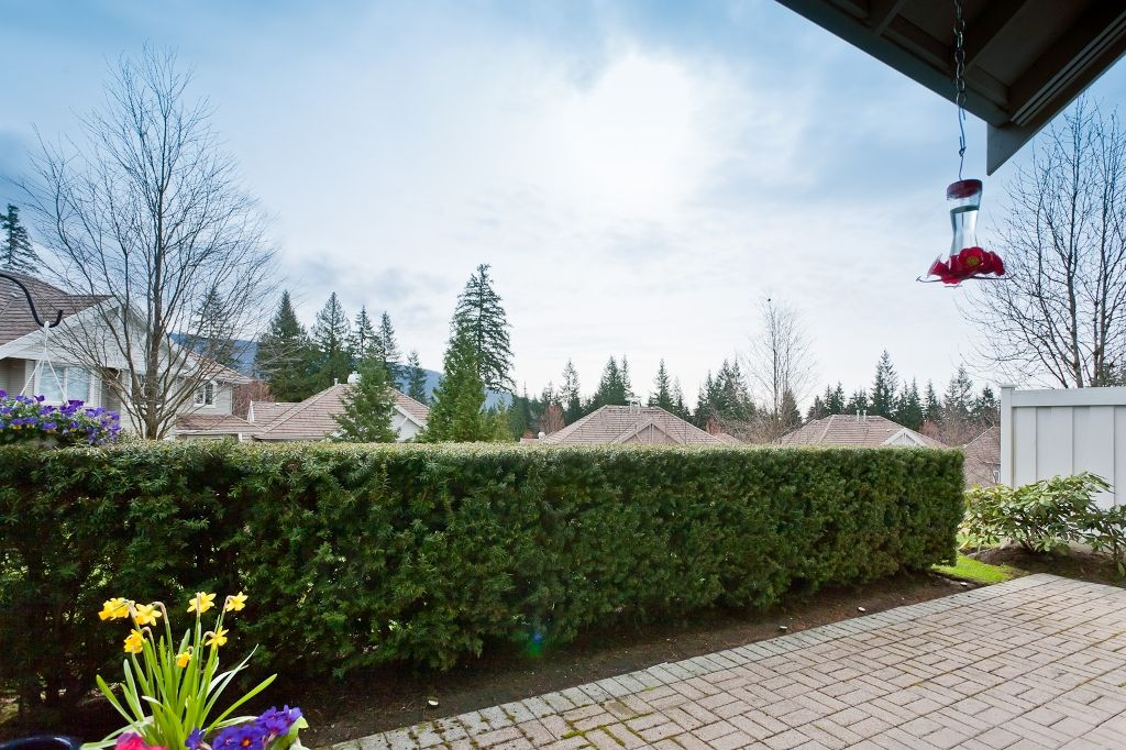 """Photo 20: Photos: 6 3405 PLATEAU Boulevard in Coquitlam: Westwood Plateau Townhouse for sale in """"PINNACLE RIDGE"""" : MLS®# V883094"""