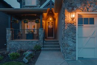 Photo 4: 111 Elmont Rise SW in Calgary: Springbank Hill Detached for sale : MLS®# A1099566