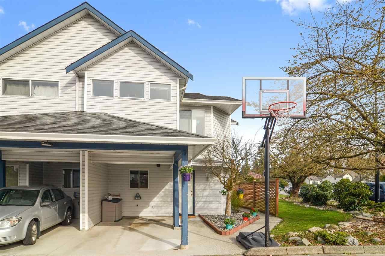 Main Photo: 18 20625 118 AVENUE in : Southwest Maple Ridge Townhouse for sale : MLS®# R2560768