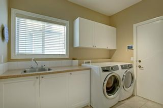 Photo 17: 4 Simcoe Close SW in Calgary: Signal Hill Detached for sale : MLS®# A1038426