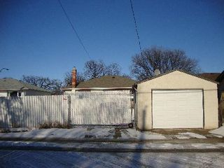 Photo 16: 832 INKSTER BLVD.: Residential for sale (North End)