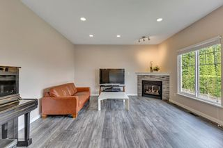 Photo 4: 37 1751 PADDOCK Drive in Coquitlam: Westwood Plateau Townhouse for sale : MLS®# R2579249
