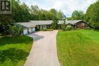 Main Photo: 8063 5TH LINE in Essa: House for sale : MLS®# N5372501