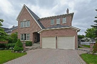 Photo 1: 128 Longwater Chase in Markham: Unionville House (2-Storey) for sale : MLS®# N2935661