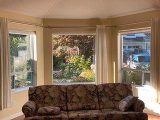 Photo 3: 15553 91A Avenue in Surrey: Fleetwood Tynehead House for sale : MLS®# R2613999