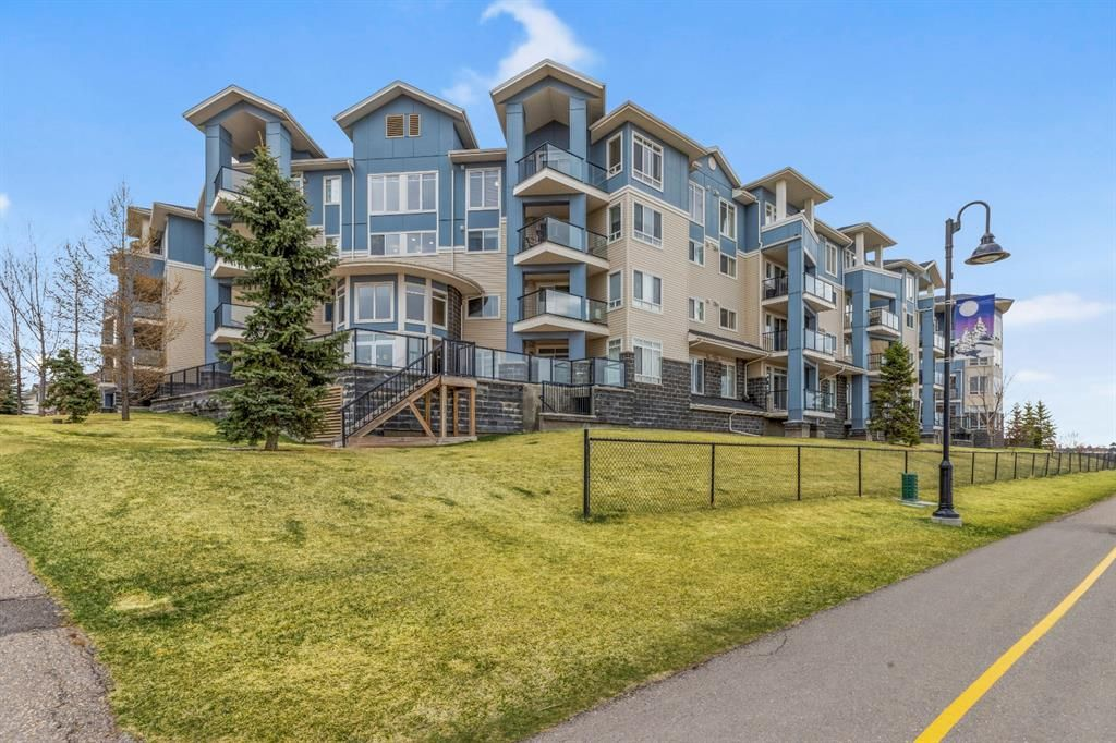 Main Photo: 311 108 Country  Village Circle NE in Calgary: Country Hills Village Apartment for sale : MLS®# A1099038