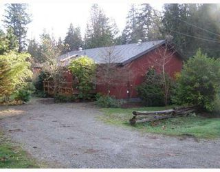 Photo 2: 1190 PAGGIO Road in Roberts_Creek: Roberts Creek House for sale (Sunshine Coast)  : MLS®# V679227