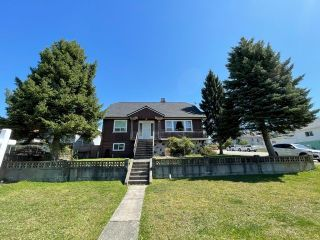 Photo 2: 4184 SLOCAN Street in Vancouver: Renfrew Heights House for sale (Vancouver East)  : MLS®# R2571134