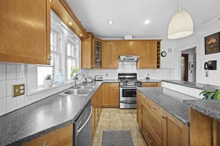 Photo 4: 2027 E 27TH Avenue in Vancouver: Victoria VE House for sale (Vancouver East)  : MLS®# R2545070