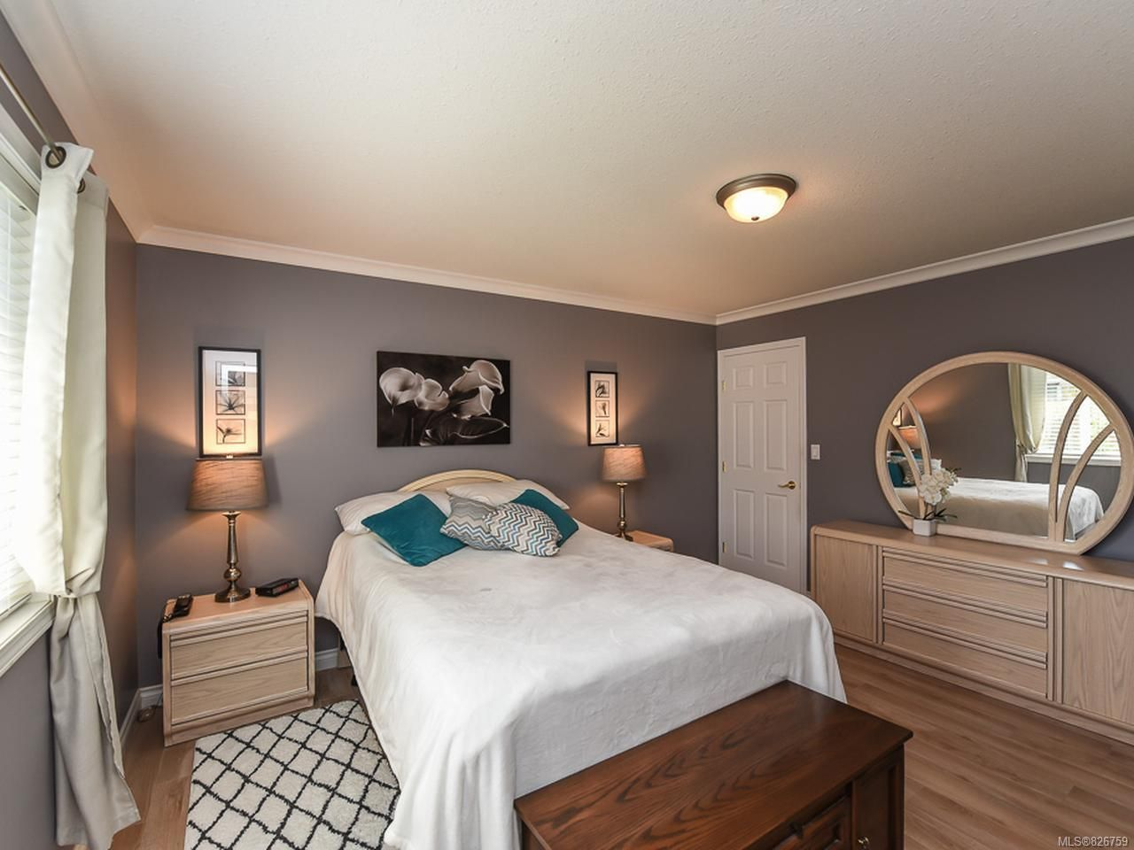 Photo 12: Photos: 2165 Stirling Cres in COURTENAY: CV Courtenay East House for sale (Comox Valley)  : MLS®# 826759