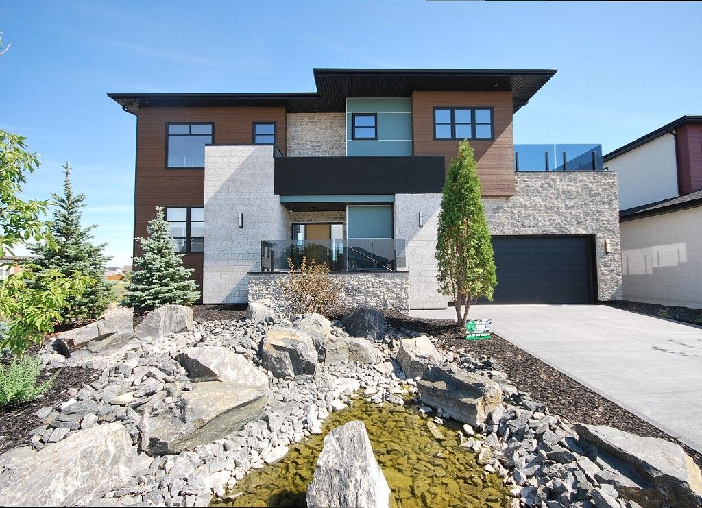 35 Trailside Crescent in South Pointe built by Artista Homes