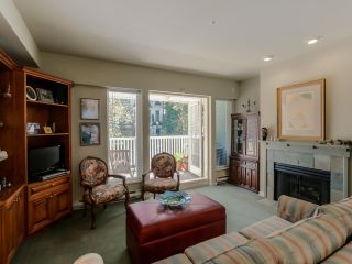 Photo 3: 3 2305 W 10TH AVENUE in Vancouver: Kitsilano Townhouse for sale (Vancouver West)  : MLS®# R2087284