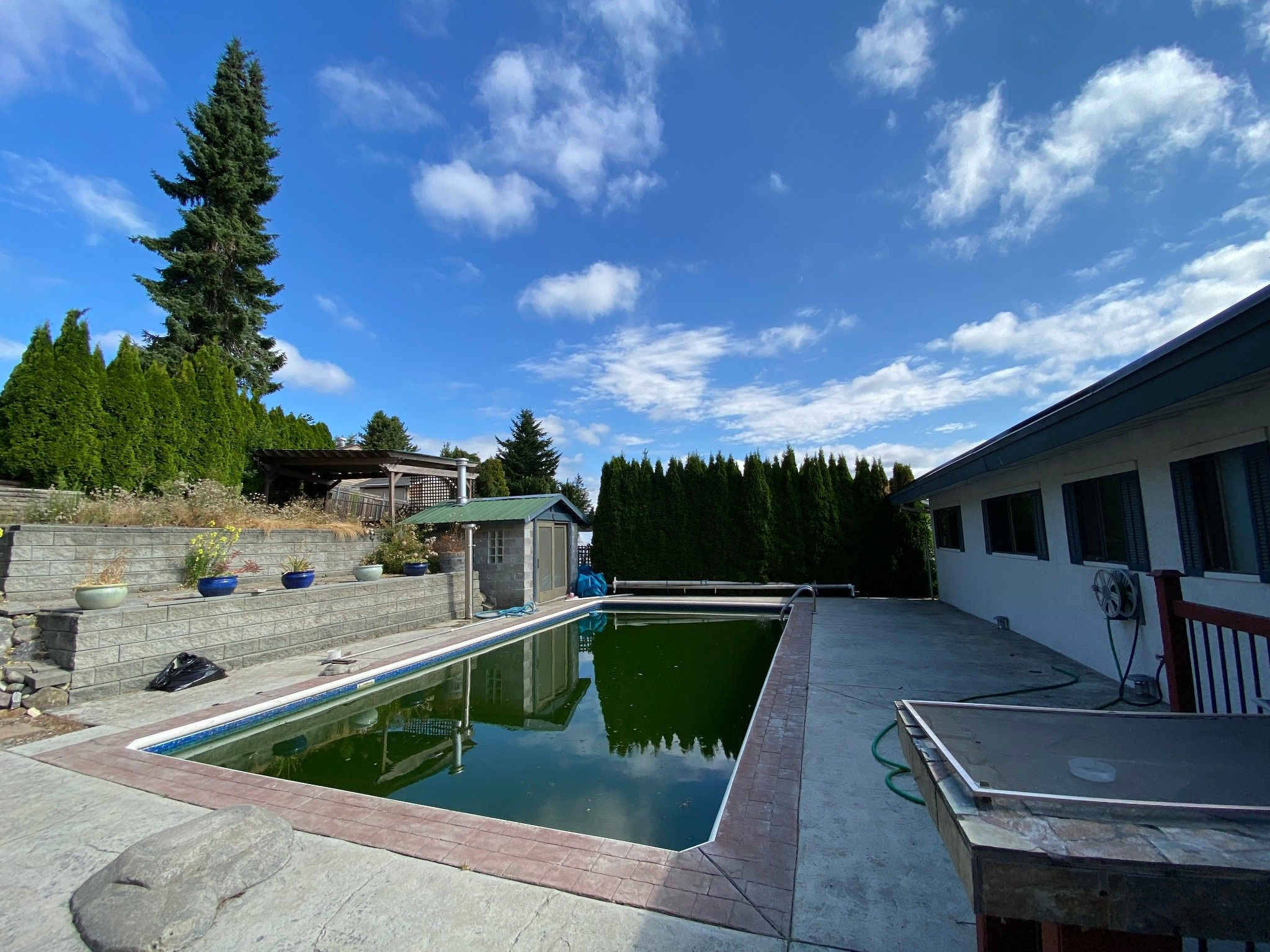 Photo 15: Photos: 2043 Majestic Cr. in Abbotsford: Abbotsford West House for rent