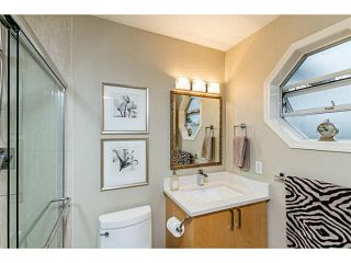 Photo 16: 14 838 TOBRUCK Avenue in North Vancouver: Hamilton Townhouse for sale : MLS®# V1095285