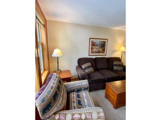 Photo 10: 302 - 2060 SUMMIT DRIVE in Panorama: Condo for sale : MLS®# 2461113