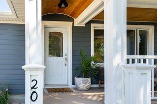Photo 3: 20 Frontenac Bay in Winnipeg: House for sale : MLS®# 202119989