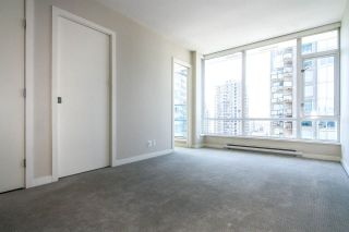 """Photo 6: 1907 833 HOMER Street in Vancouver: Downtown VW Condo for sale in """"ATELIER"""" (Vancouver West)  : MLS®# R2067914"""