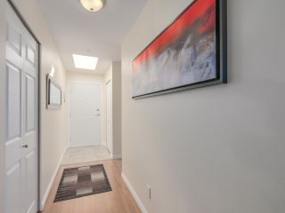 """Photo 38: 433 2980 PRINCESS Crescent in Coquitlam: Canyon Springs Condo for sale in """"Montclaire"""" : MLS®# R2101086"""
