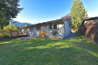 Photo 5: 38028 GUILFORD Drive in Squamish: Valleycliffe House for sale : MLS®# R2217229