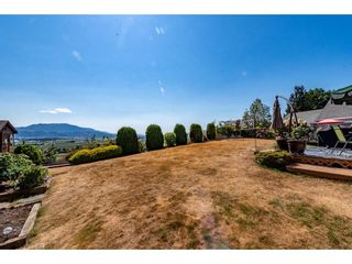 """Photo 35: 2280 MOUNTAIN Drive in Abbotsford: Abbotsford East House for sale in """"MOUNTAIN VILLAGE"""" : MLS®# R2611229"""