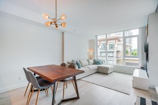 """Photo 11: 402 2738 LIBRARY Lane in North Vancouver: Lynn Valley Condo for sale in """"RESIDENCES AT LYNN VALLEY"""" : MLS®# R2589943"""