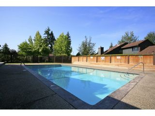 "Photo 18: 6181 W GREENSIDE Drive in Surrey: Cloverdale BC Townhouse for sale in ""GREENSIDE ESTATES"" (Cloverdale)  : MLS®# R2310427"