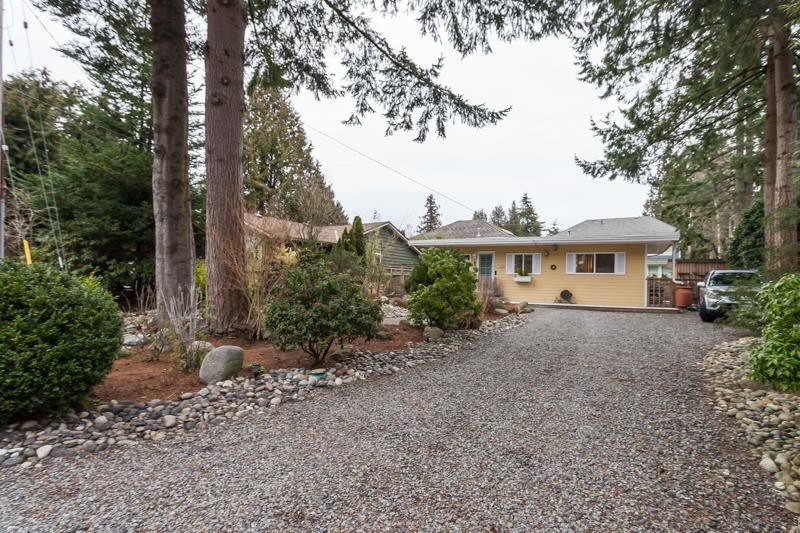 """Main Photo: 1554 128A Street in Surrey: Crescent Bch Ocean Pk. House for sale in """"OCEAN PARK"""" (South Surrey White Rock)  : MLS®# R2137966"""