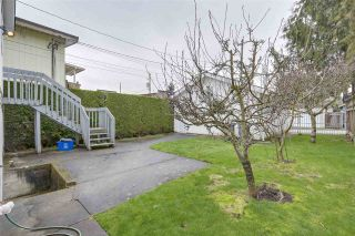 """Photo 11: 8377 LAUREL Street in Vancouver: Marpole House for sale in """"MARPOLE"""" (Vancouver West)  : MLS®# R2239238"""