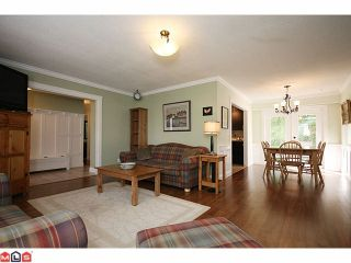 Photo 3: 20476 48TH Avenue in Langley: Langley City House for sale : MLS®# F1008343