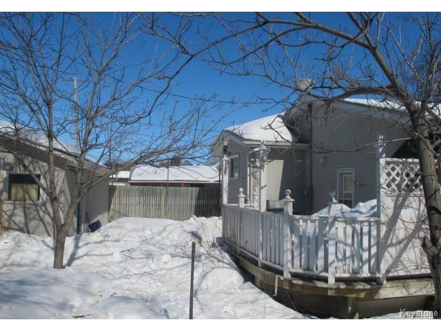 Photo 3: Photos:  in WINNIPEG: East Kildonan Residential for sale (North East Winnipeg)  : MLS®# 1405444