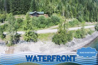 Main Photo: 8079 Squilax Anglemont Highway: St. Ives House for sale (North Shuswap)  : MLS®# 10179329