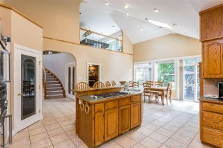 """Photo 4: 20260 28 Avenue in Langley: Brookswood Langley House for sale in """"BROOKSWOOD"""" : MLS®# R2403878"""
