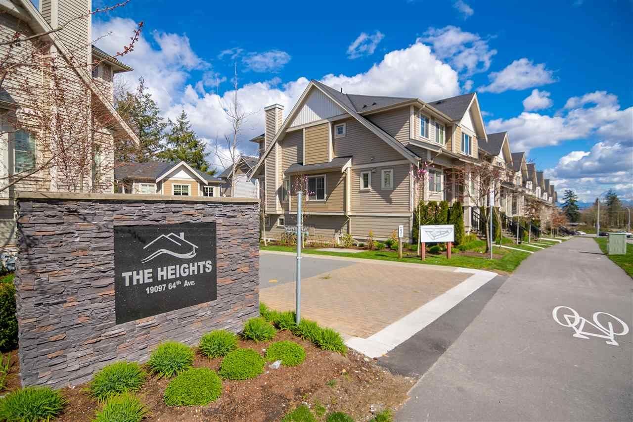 Main Photo: 28 19097 64 Avenue in Surrey: Cloverdale BC Townhouse for sale (Cloverdale)  : MLS®# R2571787